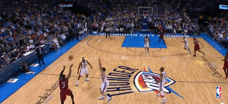 10 LONG-DISTANCE BASKETBALL SHOTS YOU WON'T BELIEVE WENT IN